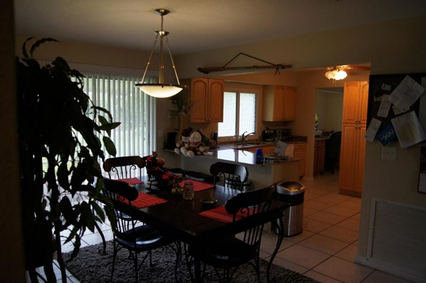 1512 Se Outwood Court, Port St. Lucie, FL - USA (photo 2)