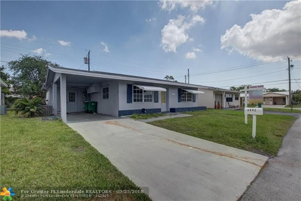 4902 Nw 27th Ave, Tamarac, FL - USA (photo 1)