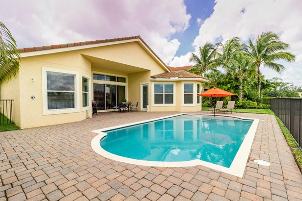 8681 Wellington View Drive, West Palm Beach, FL - USA (photo 2)