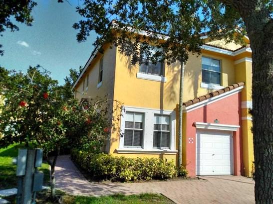 2222 Shoma Drive, Royal Palm Beach, FL - USA (photo 4)