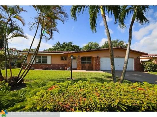 Single-Family Home - Deerfield Beach, FL (photo 1)