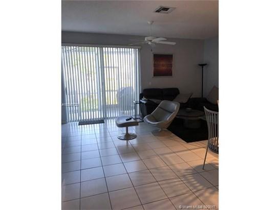 5564 Nw 90th Avenue, Sunrise, FL - USA (photo 3)