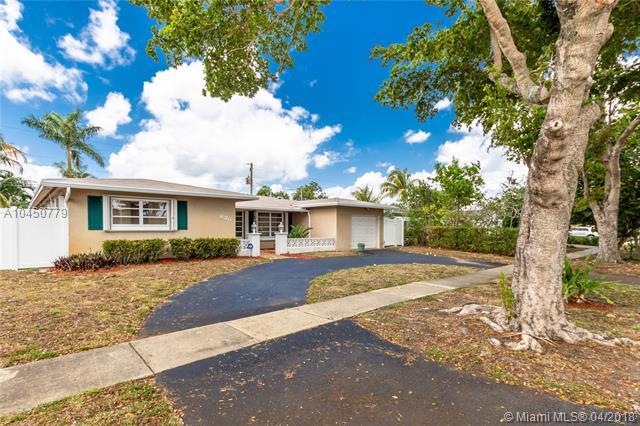 630 Sw 70th Ave, Pembroke Pines, FL - USA (photo 2)