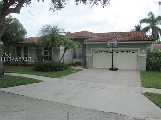 1583 Nw 182nd Way , Pembroke Pines, FL - USA (photo 2)