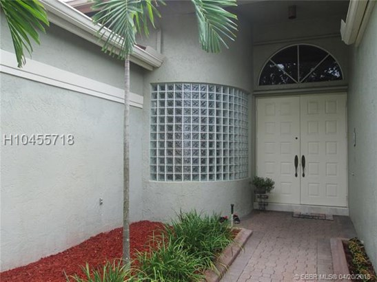 1583 Nw 182nd Way , Pembroke Pines, FL - USA (photo 3)