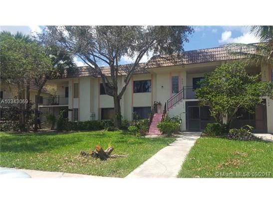 403 Lakeview Dr, Weston, FL - USA (photo 1)