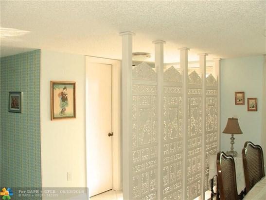 3940 Inverrary Blvd #505a, Lauderhill, FL - USA (photo 5)