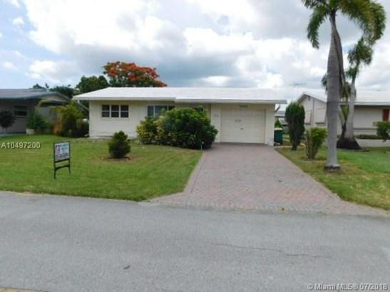 4918 Nw 53rd St, Tamarac, FL - USA (photo 1)