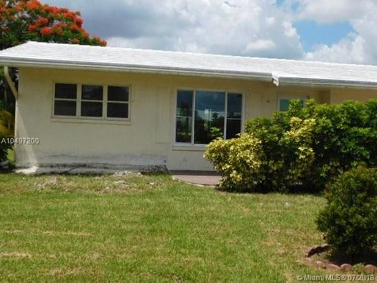 4918 Nw 53rd St, Tamarac, FL - USA (photo 2)