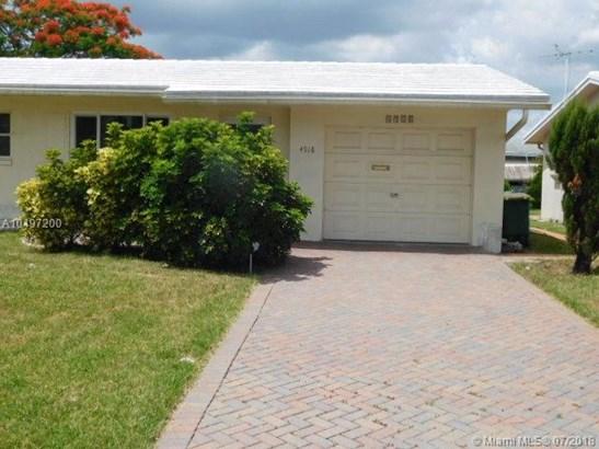 4918 Nw 53rd St, Tamarac, FL - USA (photo 3)