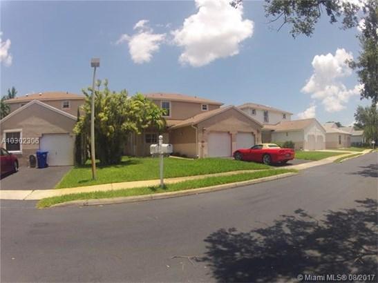 Rental - Pembroke Pines, FL (photo 2)
