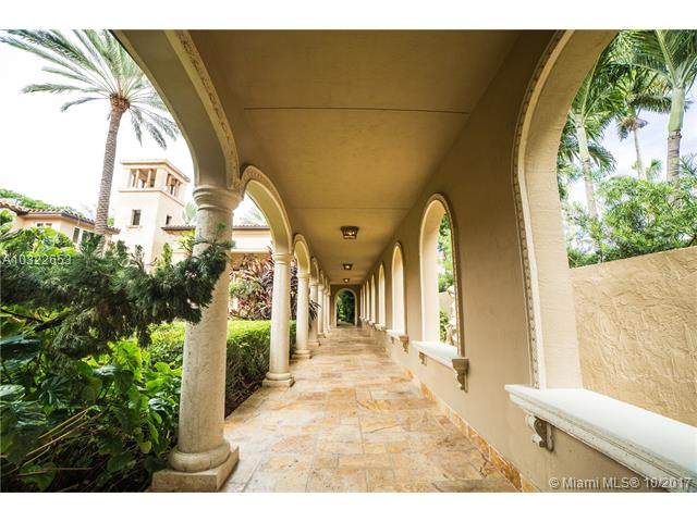 4411 Pine Tree Dr, Miami Beach, FL - USA (photo 4)