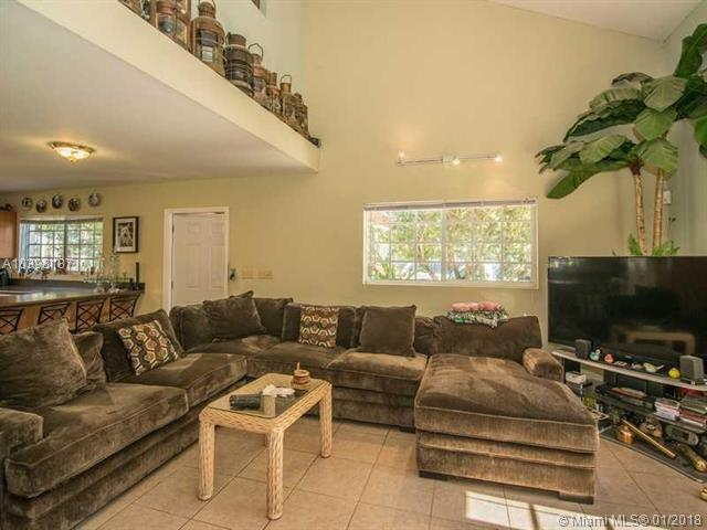 25374 Sw 108th Ct, Homestead, FL - USA (photo 5)