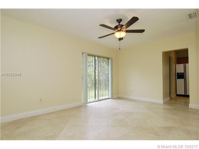 4256 S Red Rd, South Miami, FL - USA (photo 3)