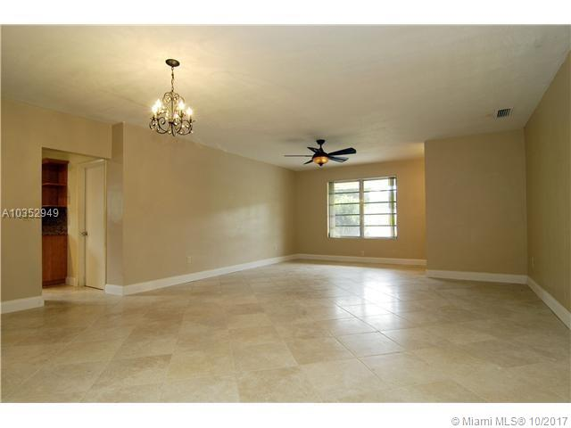 4256 S Red Rd, South Miami, FL - USA (photo 4)