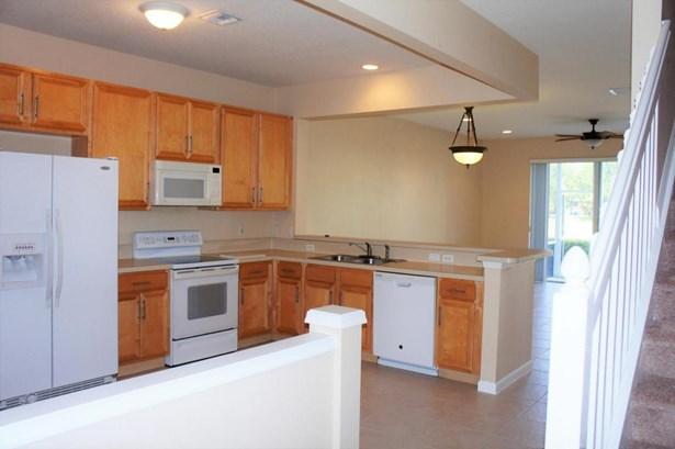 1125 Woodfield Court, Greenacres, FL - USA (photo 4)