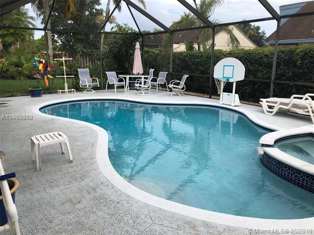 9220 N Cypress Cir, Miramar, FL - USA (photo 4)