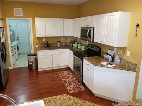 3648 Ne 1st St, Homestead, FL - USA (photo 2)