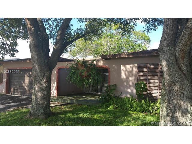 8941 Nw 7th Ct, Pembroke Pines, FL - USA (photo 1)