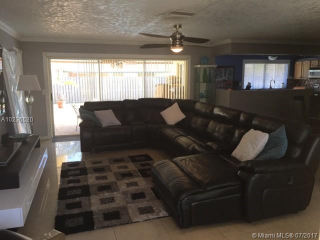 Single-Family Home - Sunrise, FL (photo 4)