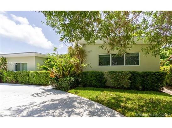 Single-Family Home - North Bay Village, FL (photo 1)