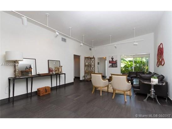 Single-Family Home - North Bay Village, FL (photo 3)