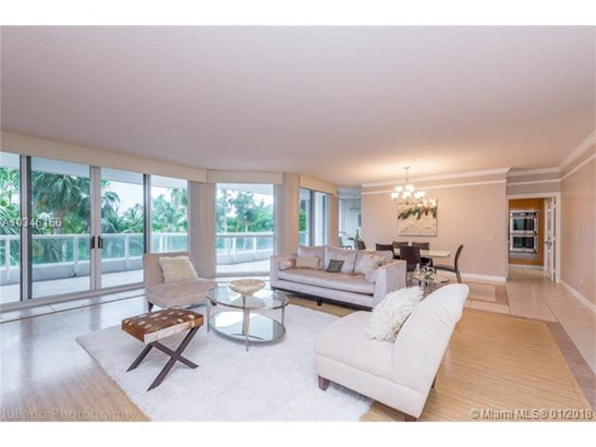 21150 Ne 38, Aventura, FL - USA (photo 2)