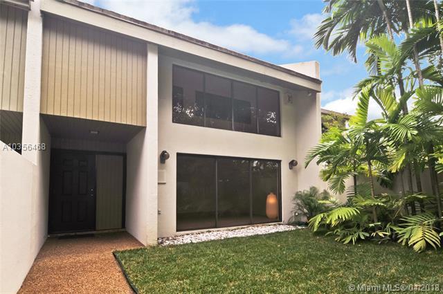 7085 Sw 67th Ave  #15, South Miami, FL - USA (photo 1)