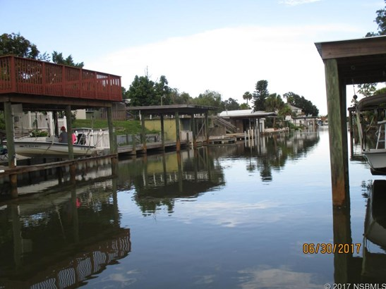 Single-Family Home - Oak Hill, FL (photo 3)