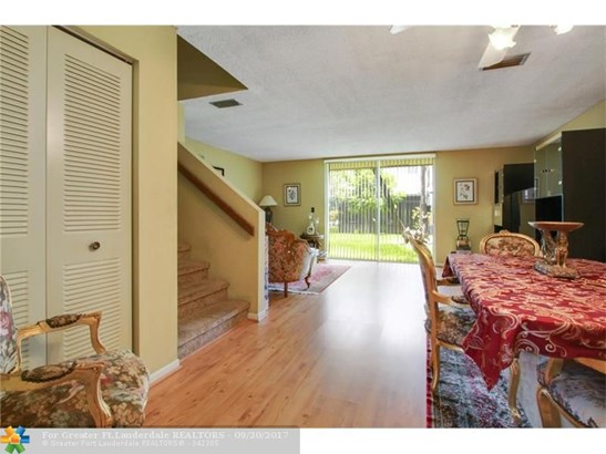 1339 Sussex Drive #1339, North Lauderdale, FL - USA (photo 5)