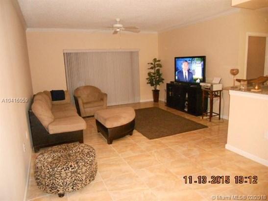 2421 Centergate Dr  #103, Miramar, FL - USA (photo 2)