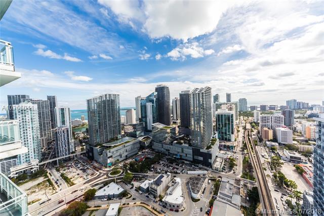 92 Sw 3rd St  #4305, Miami, FL - USA (photo 3)