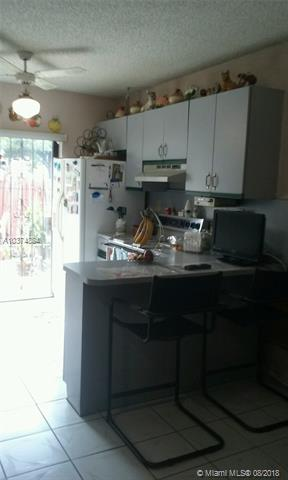 2730 W 60th Pl  #101, Hialeah, FL - USA (photo 4)