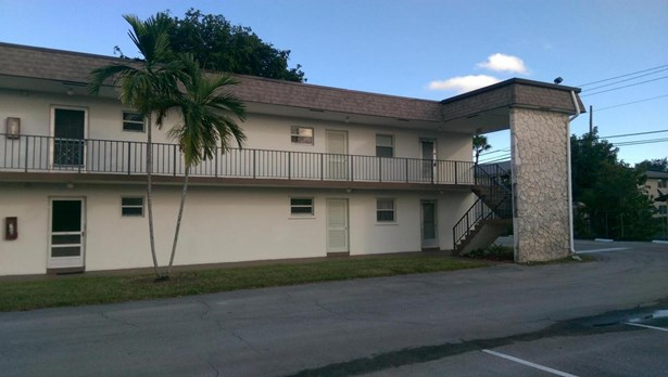 200 Bonnie Boulevard Unit 130, Palm Springs, FL - USA (photo 1)