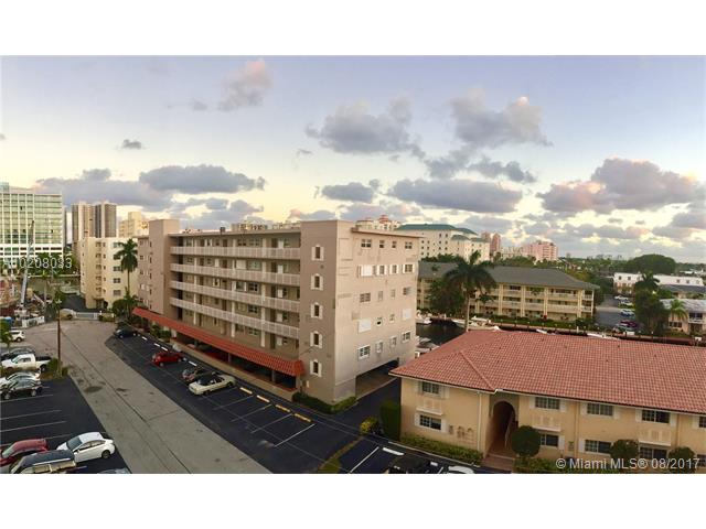 Condo/Townhouse - Fort Lauderdale, FL (photo 2)