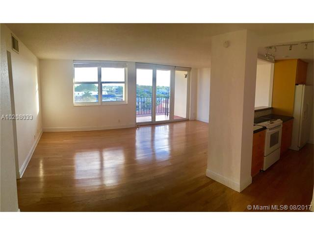 Condo/Townhouse - Fort Lauderdale, FL (photo 5)