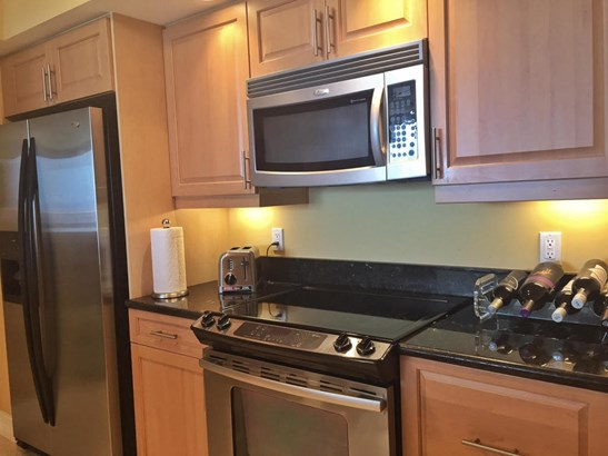 Condo/Townhouse - Singer Island, FL (photo 5)