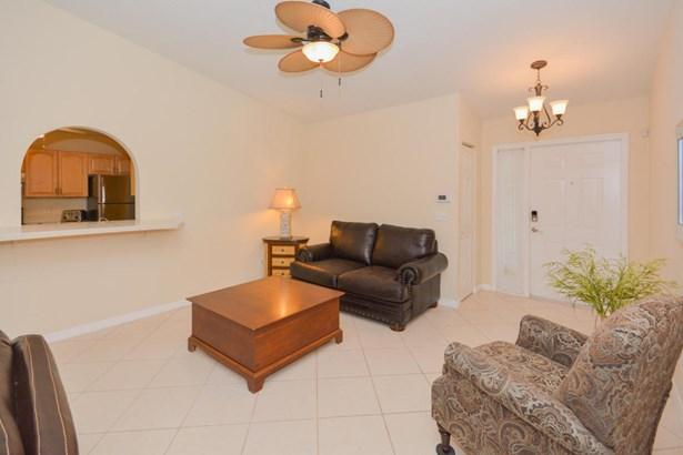 Single-Family Home - Port Saint Lucie, FL (photo 4)