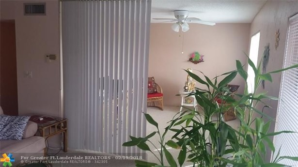 8280 Sw 24th St #7306, North Lauderdale, FL - USA (photo 5)
