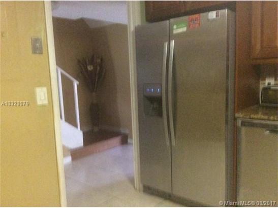 3974 Inverrary Dr, Lauderhill, FL - USA (photo 3)