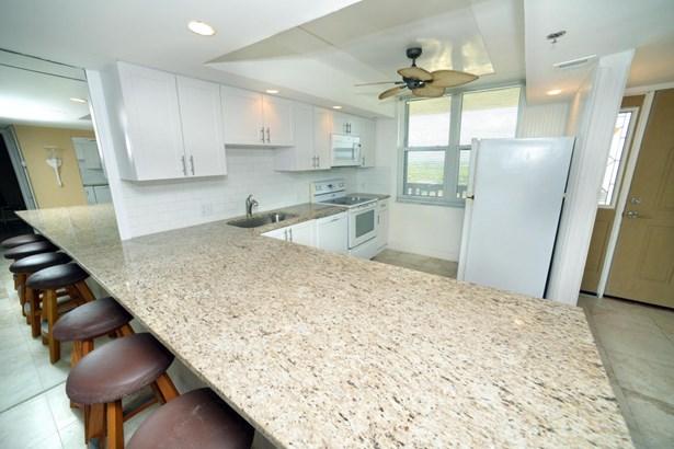 840 Ocean Drive Unit 1105, Juno Beach, FL - USA (photo 4)