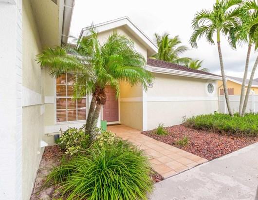9200 Paragon Way, Boynton Beach, FL - USA (photo 4)