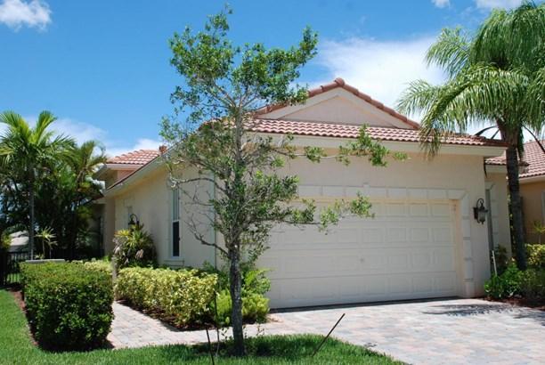 Single-Family Home - Palm Beach Gardens, FL (photo 1)