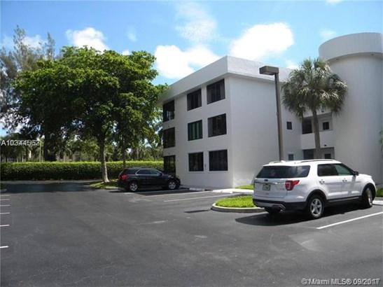 1460 Sheridan  #19 D, Dania Beach, FL - USA (photo 2)