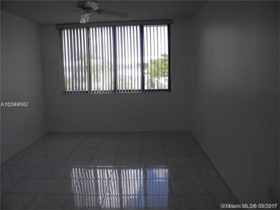 1460 Sheridan  #19 D, Dania Beach, FL - USA (photo 3)
