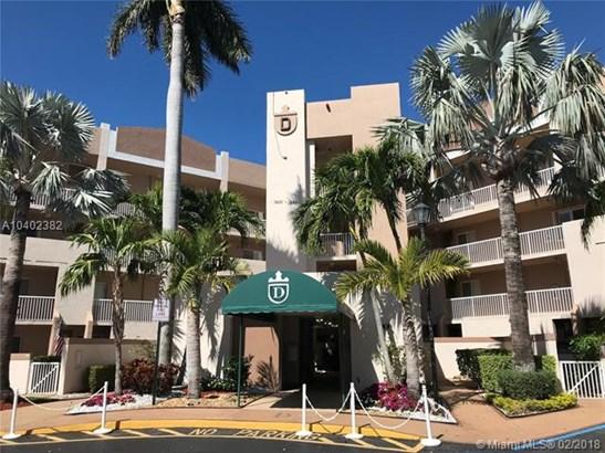 7693 Granville Dr  #411, Tamarac, FL - USA (photo 1)