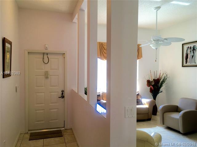 7693 Granville Dr  #411, Tamarac, FL - USA (photo 2)