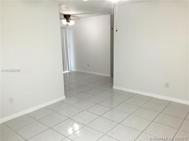 Rental - Lauderhill, FL (photo 3)