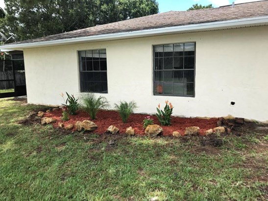 5400 Myrtle Drive, Fort Pierce, FL - USA (photo 3)