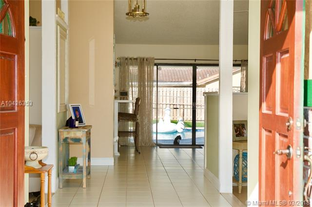 240 Nw 90th Ave, Coral Springs, FL - USA (photo 2)